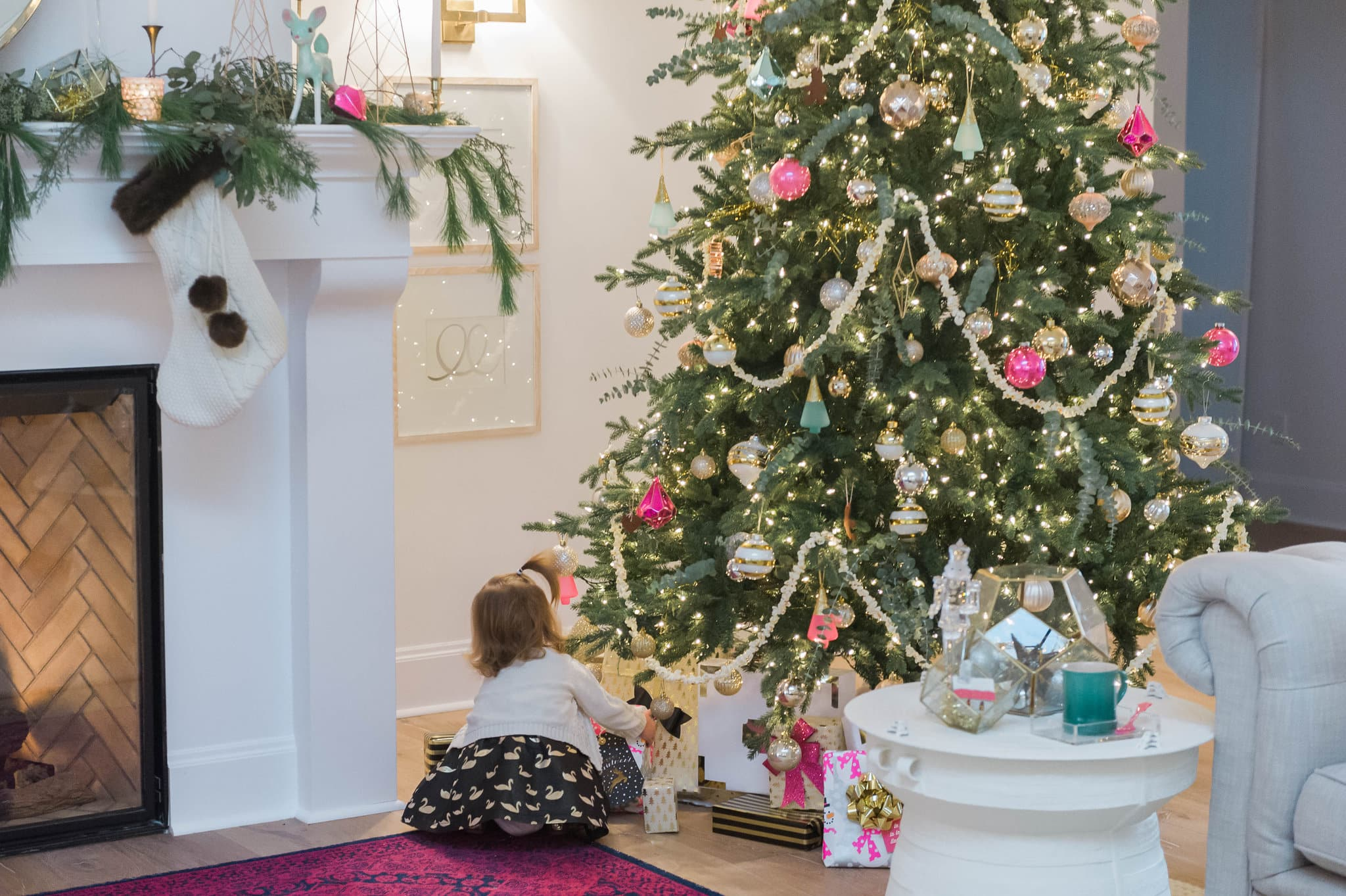 christmas tree decorating tips the leslie style presents