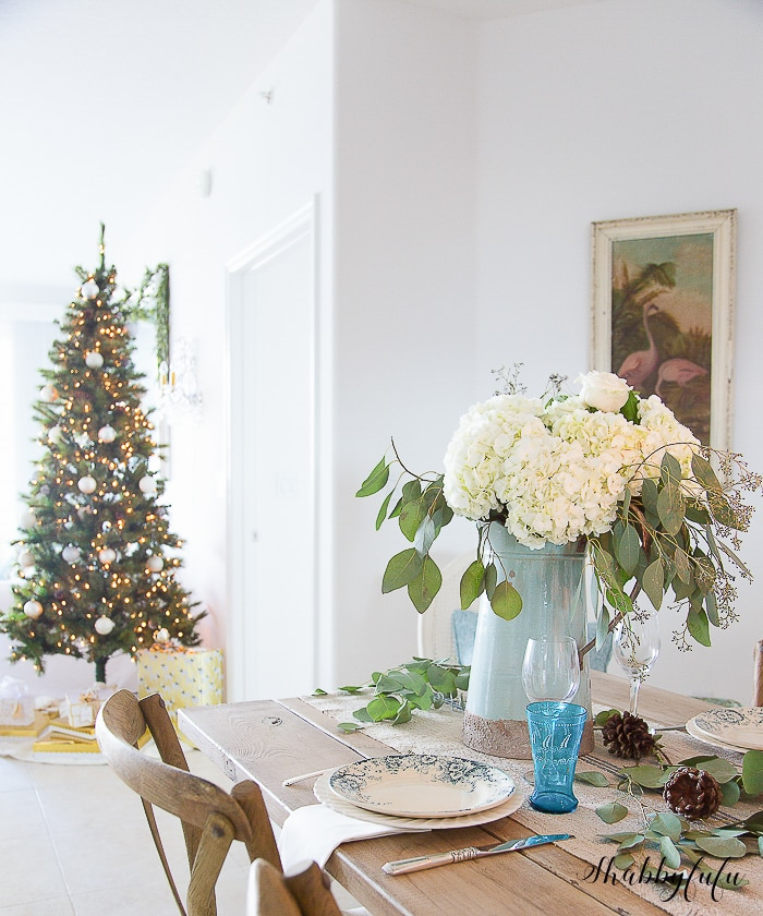 coastal-christmas-decorating-table-setting-shabbyfufublog