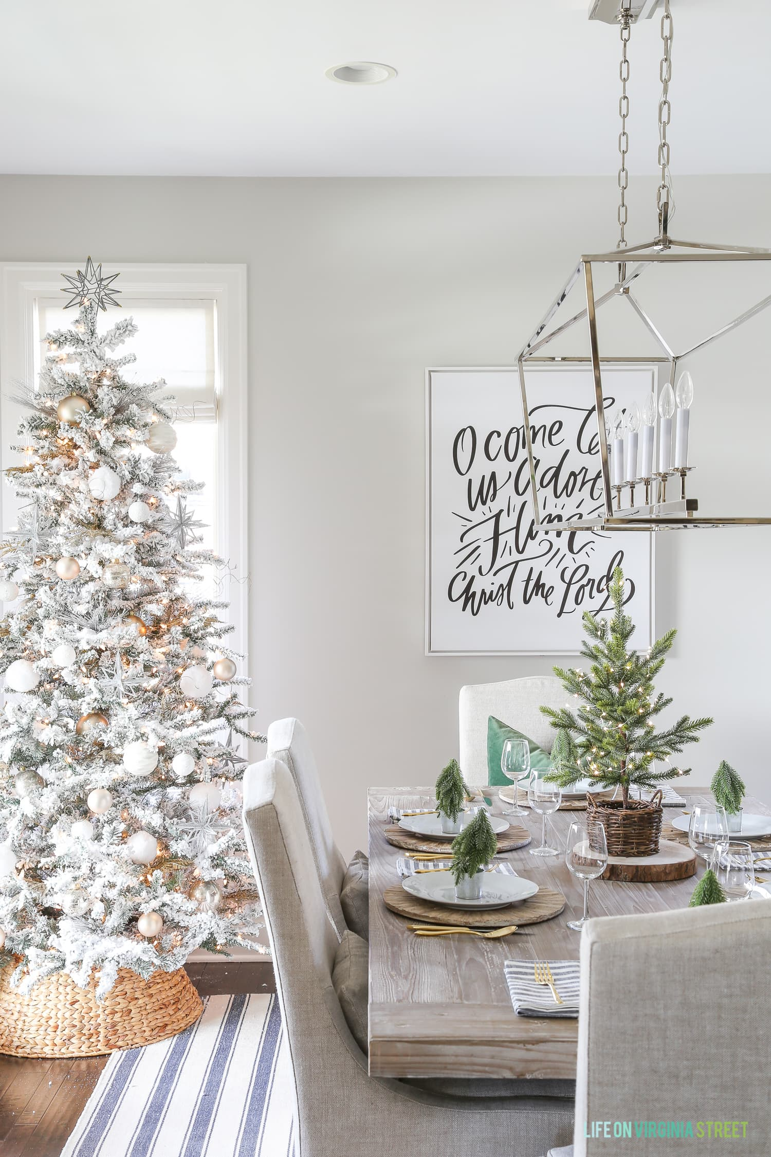 green-black-white-christmas-dining-room-stripes