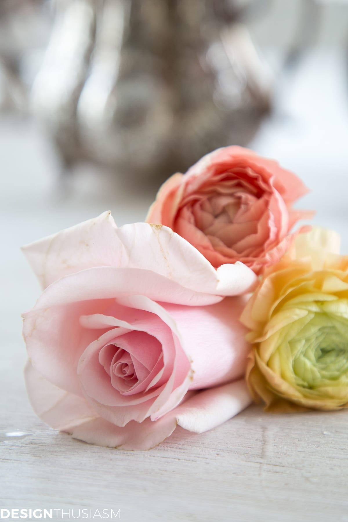 Valentine's Day Flowers - designthusiasm.com