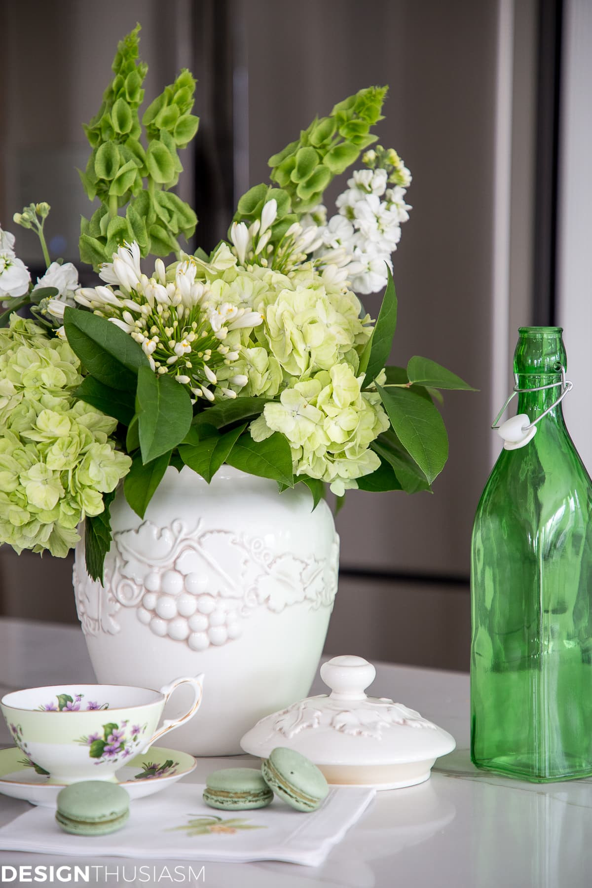 Welcoming Spring with an Arrangement of Green Flowers - designthusiasm.com