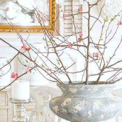 Home Style Saturdays 80 | Spring Decor, Pretty Linens and More