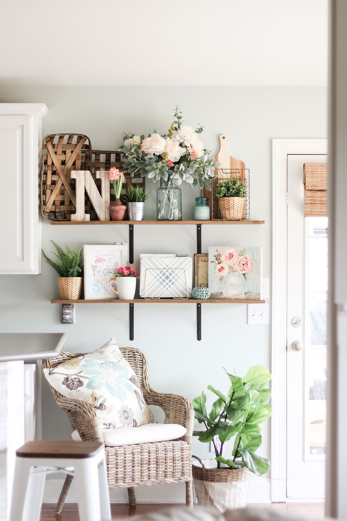 Seasonal Simplicity Home Tour Series Spring Blog Hop Day 1