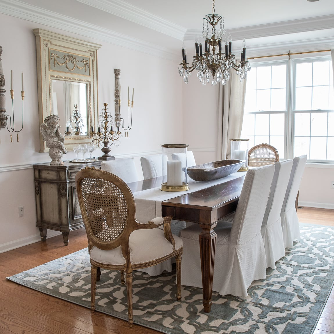 Transforming the dining room without replacing furniture