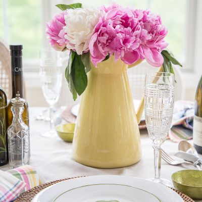 Summer Party Themes: Father's Day Table with a Country Club Theme