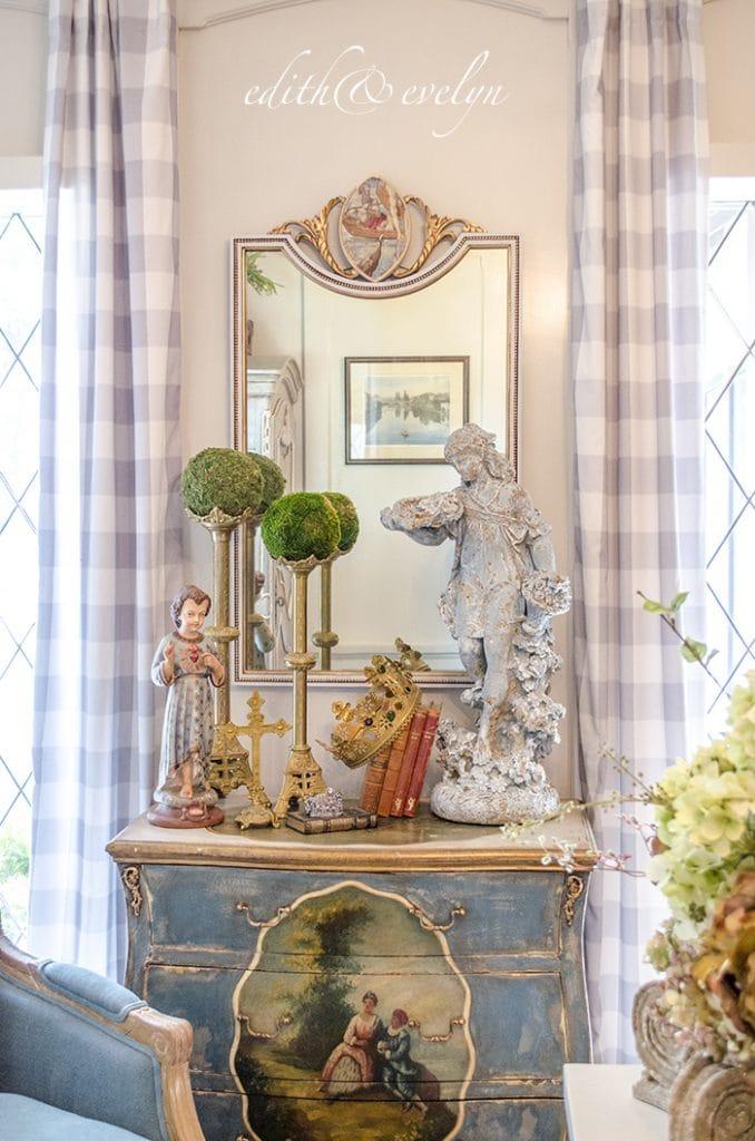 Edith & Evelyn Vintage mirror