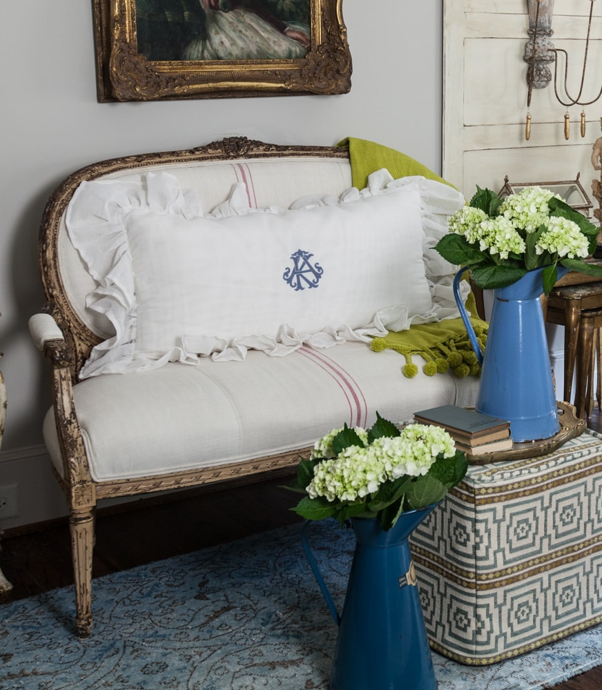 BESPOKE DECOR french pillows