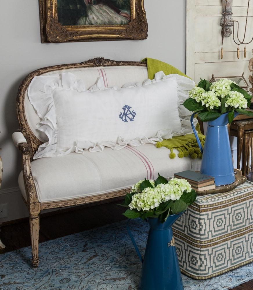 BESPOKE DECOR french pillows
