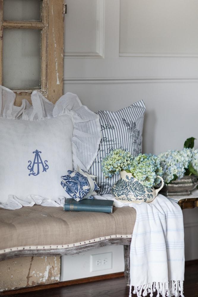 bespoke decor black pillow