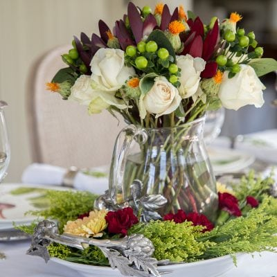 Grape Harvest Decor: Transitioning Seasons with an Early Fall Tablescape