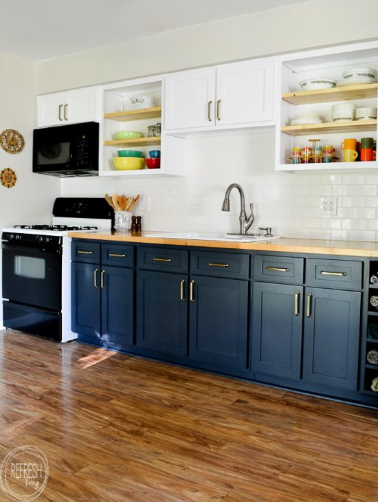 remodel-kitchen-on-a-budget-by-replacing-the-doors-and-painting-them-with-alkyd-paint