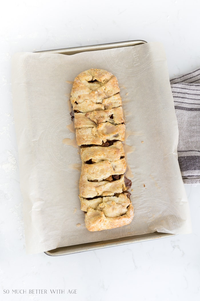 rustic-apple-strudel