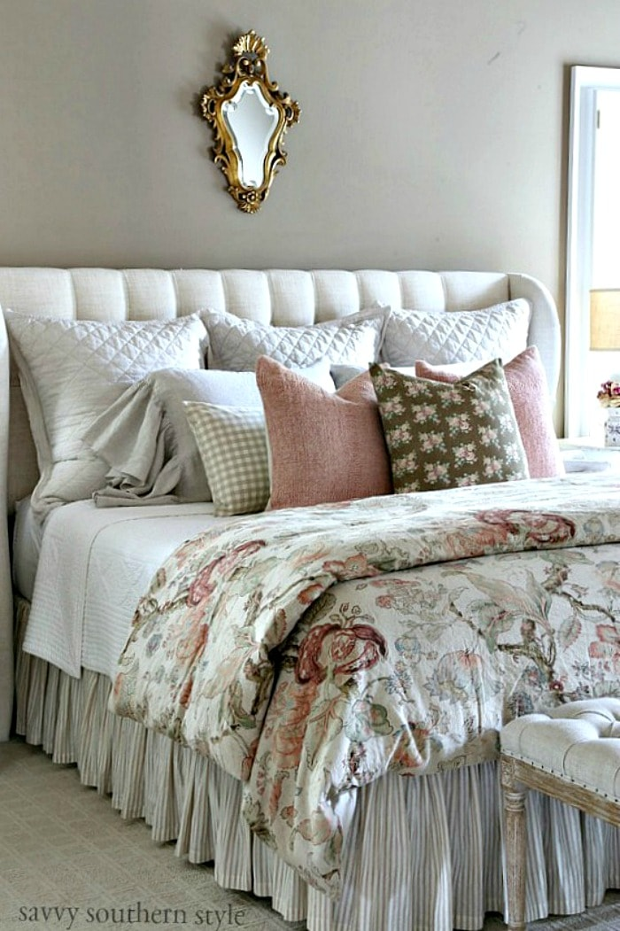 Fall French Country Bedroomsavvysouthernstyle.net