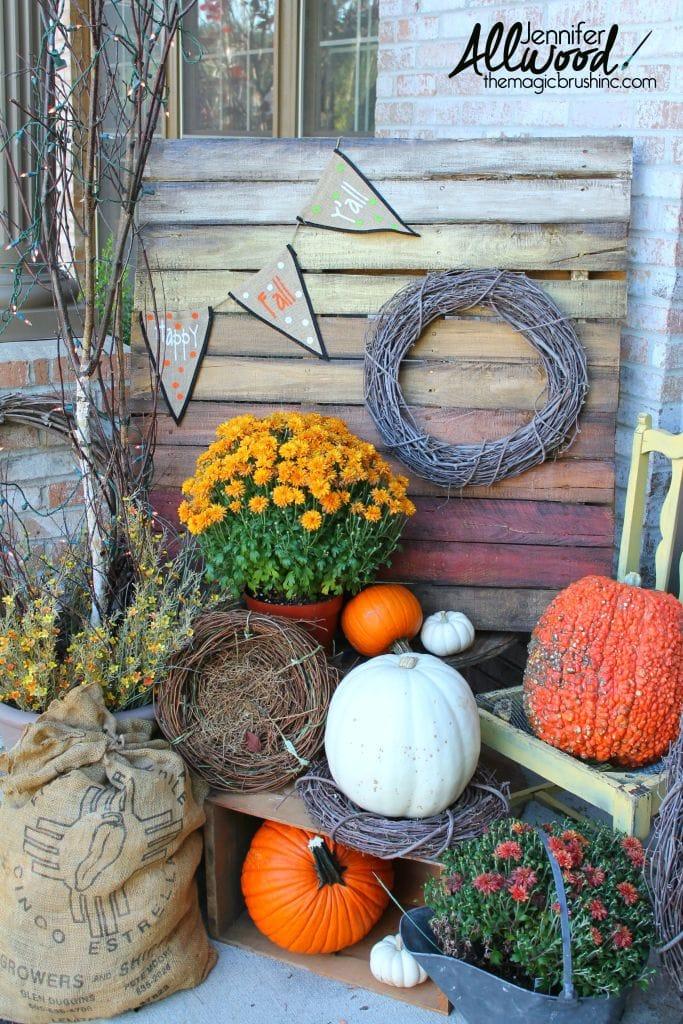 fall-pallet-front-porch-decor