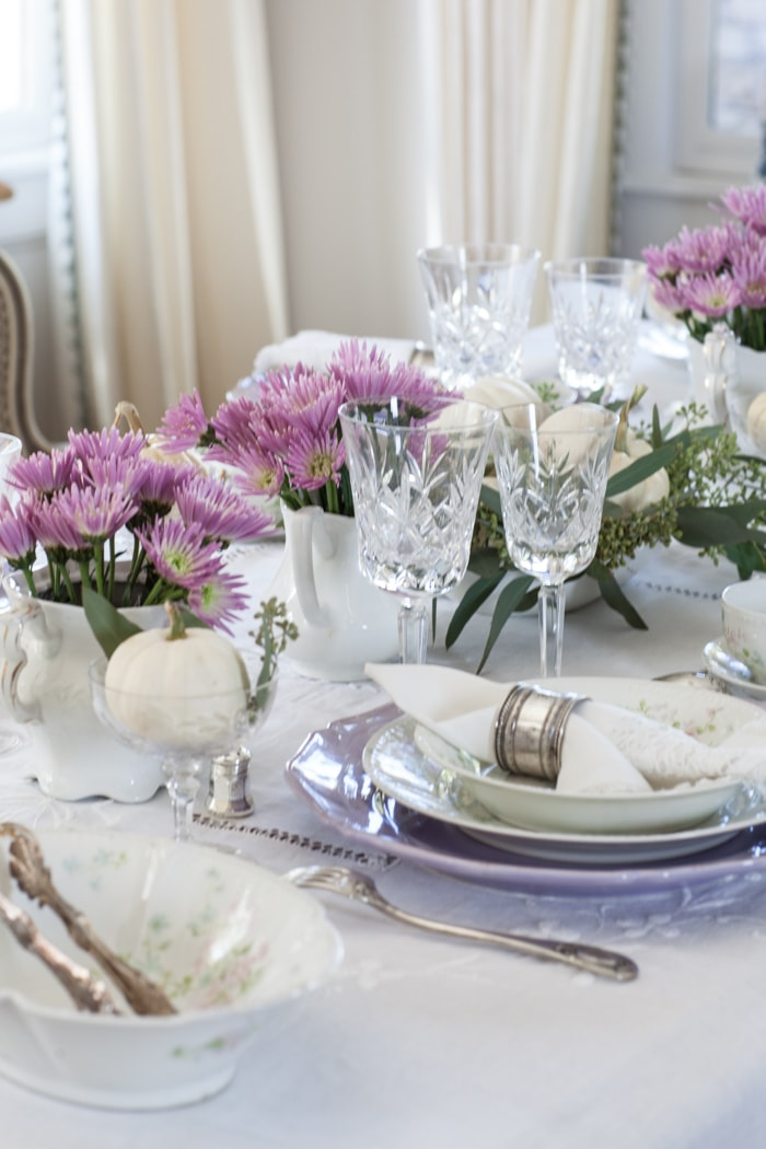 pink fall table
