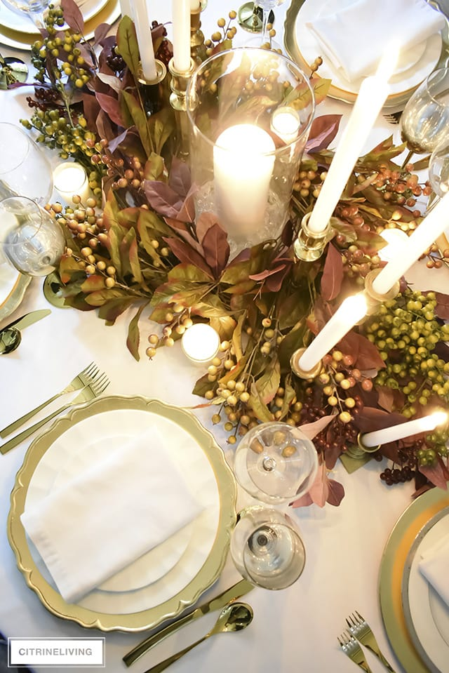 white-gold-thanksgiving-tablescape-fall-foliage