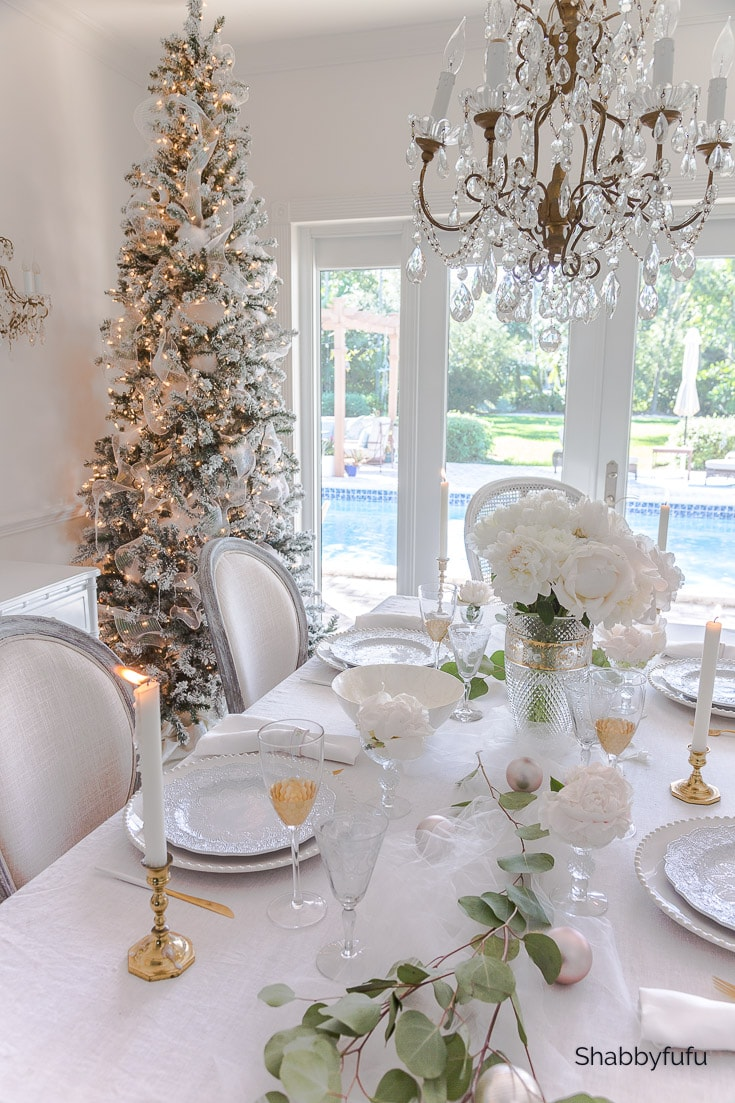 Blush Christmas Tablescape
