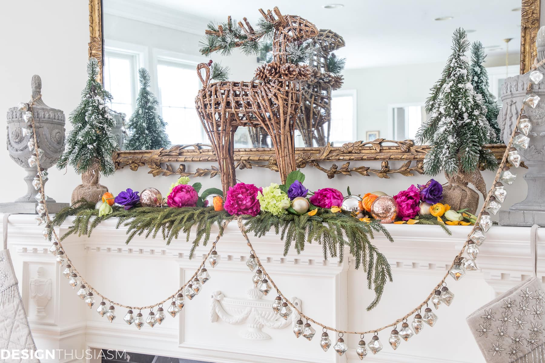 Christmas Mantel Ideas.Christmas Mantel Ideas Classic Decorating With A Twist
