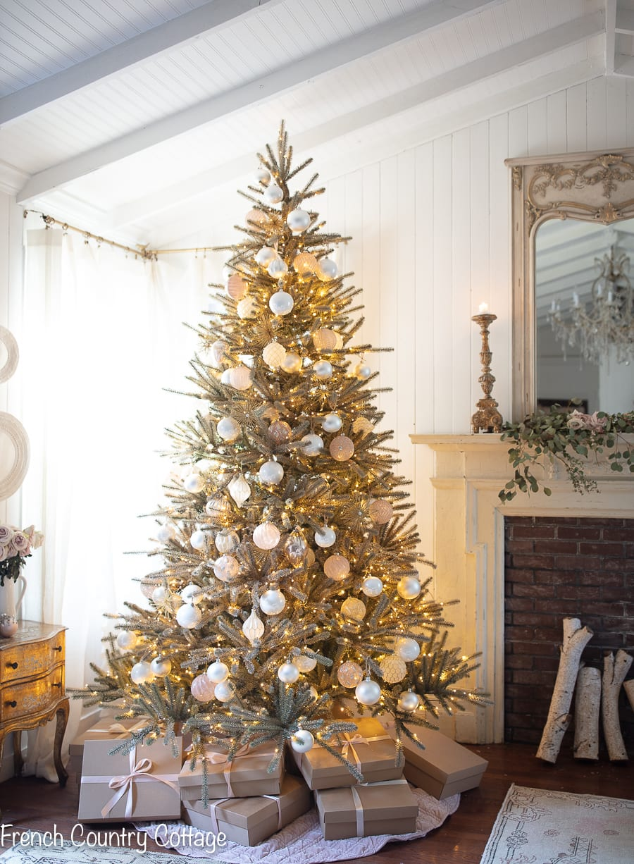 Christmas, vintage holiday, gold tree ambiance