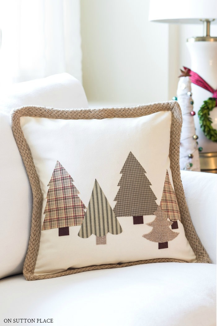DIY Christmas Tree Pillow from On Sutton Place