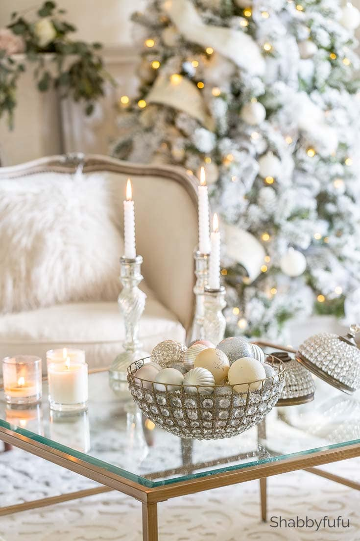 Shabbyfufu French country Christmas living room