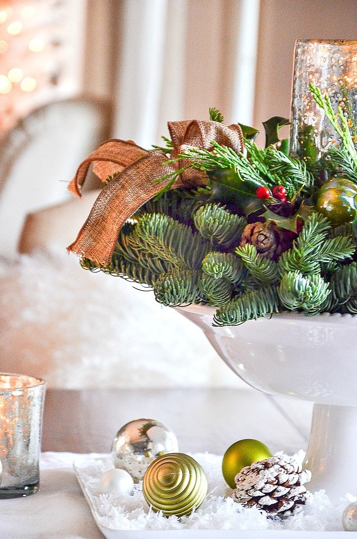 the-easiest-christmas-centerpieces-diy