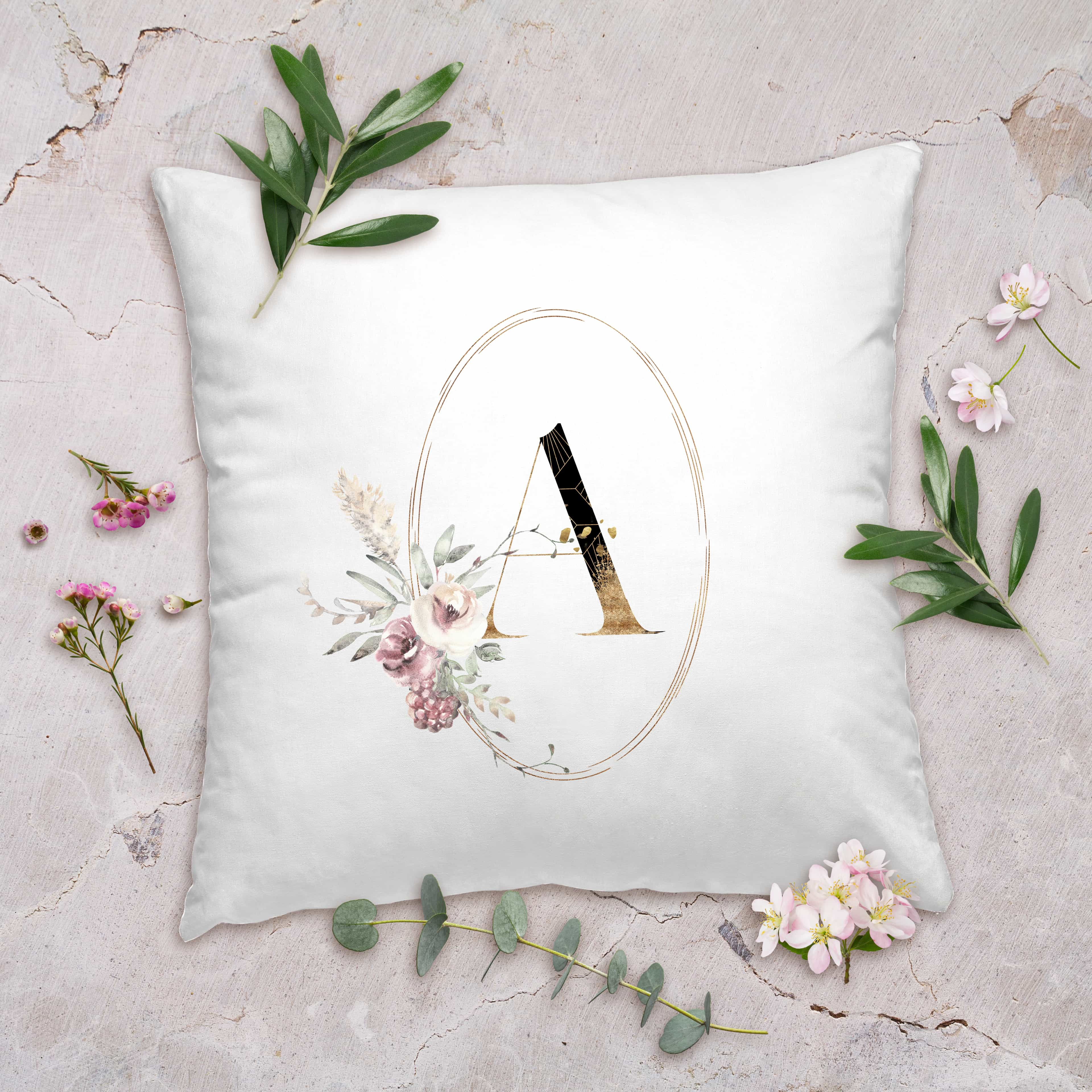 Posh Cottage Shop Winter 19 Oval Initial 18in white pillow