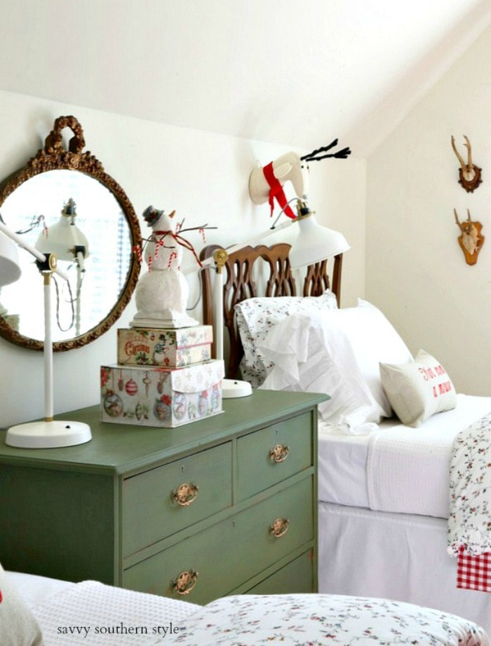 cute-christmas-decor-bedroom