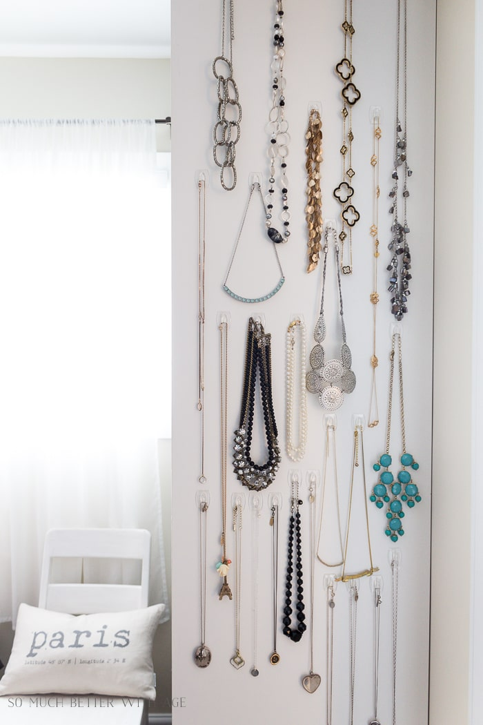 easy-necklace-organization