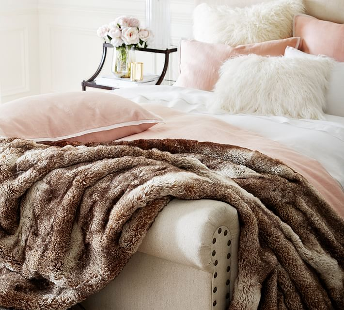 faux-fur-ombre-throws