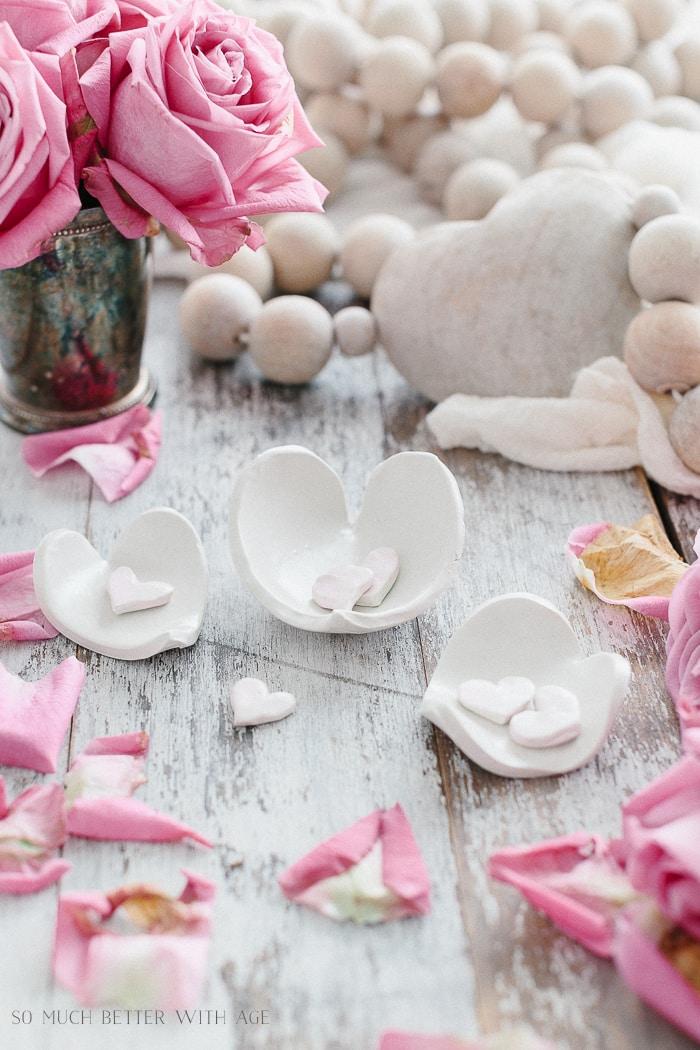 valentine-clay-hearts-pots
