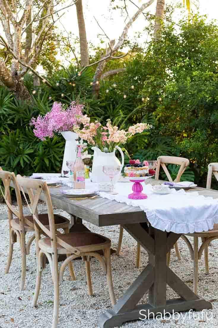 pinterest-worthy-spring-table-setting-outdoors - shabbyfufu