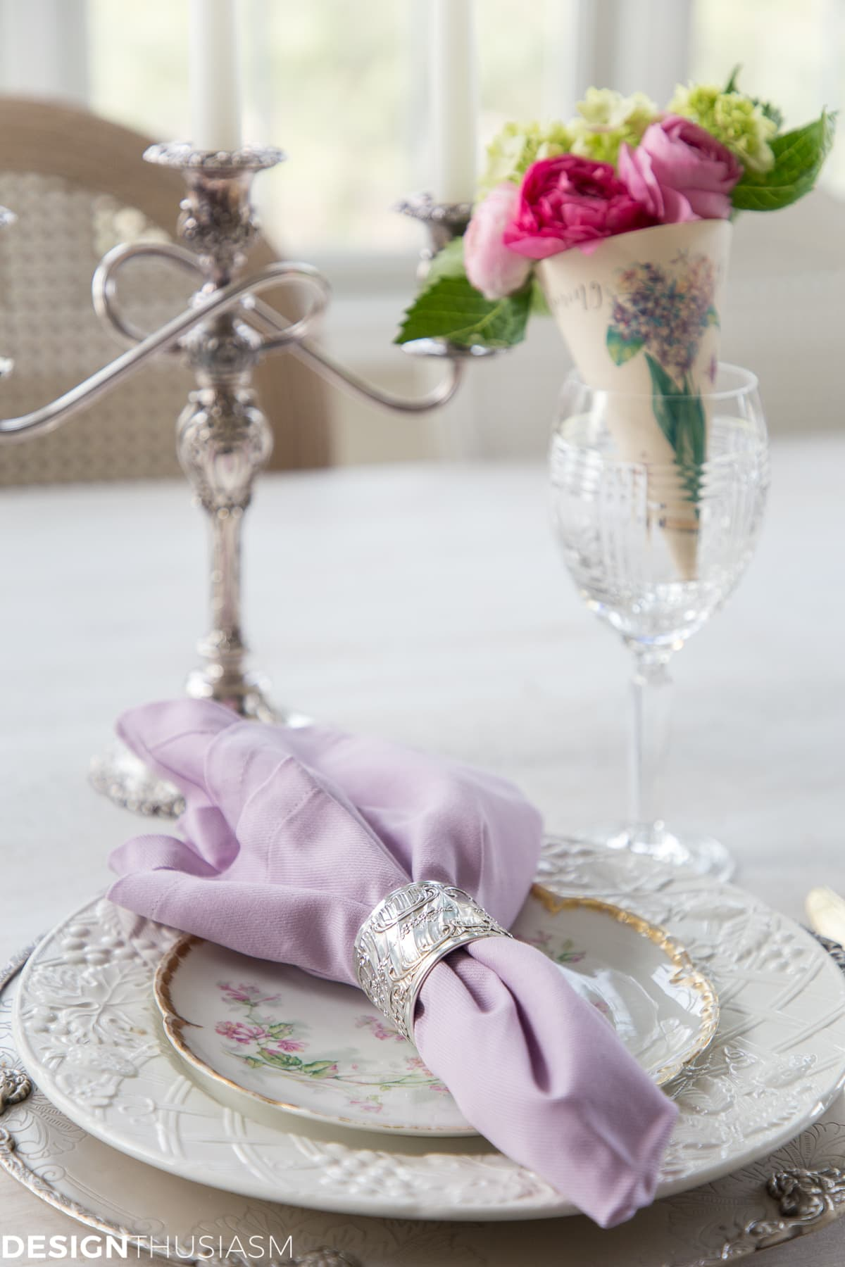 spring place setting with paper cone posy