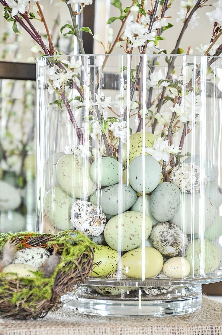 EASTER CENTERPIECE DIY- EGGS IN GLASS JAR
