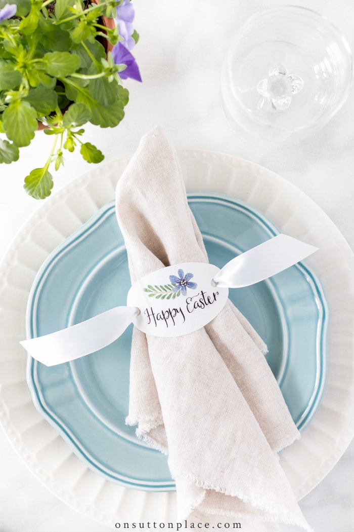 Happy Easter Napkin Rings from On Sutton Place