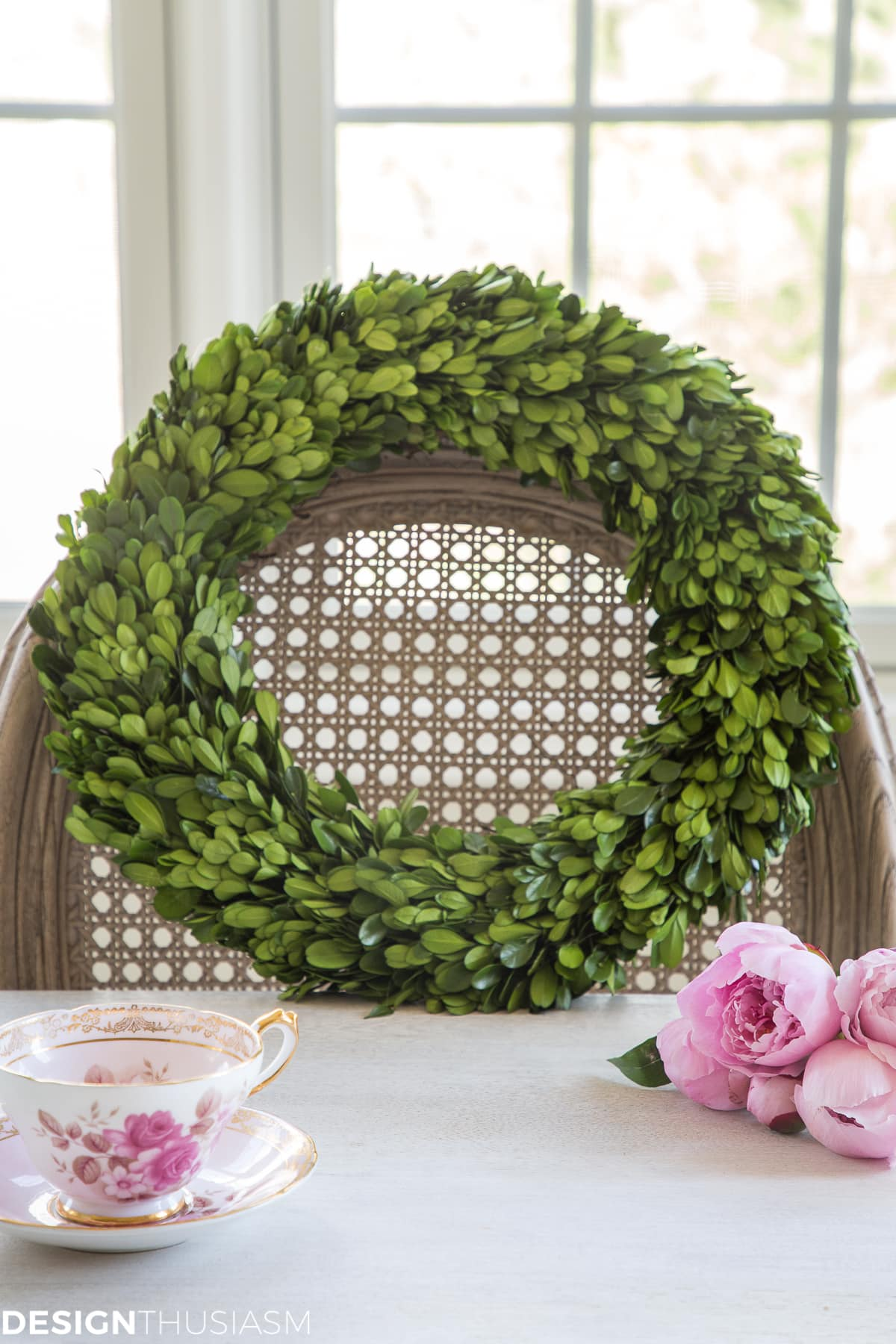 boxwood wreath for easy Easter centerpieces