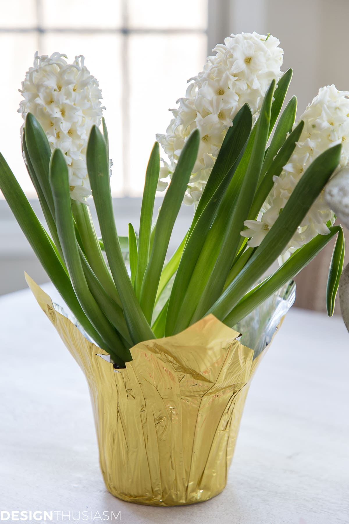 white hyacinths for easy Easter centerpieces