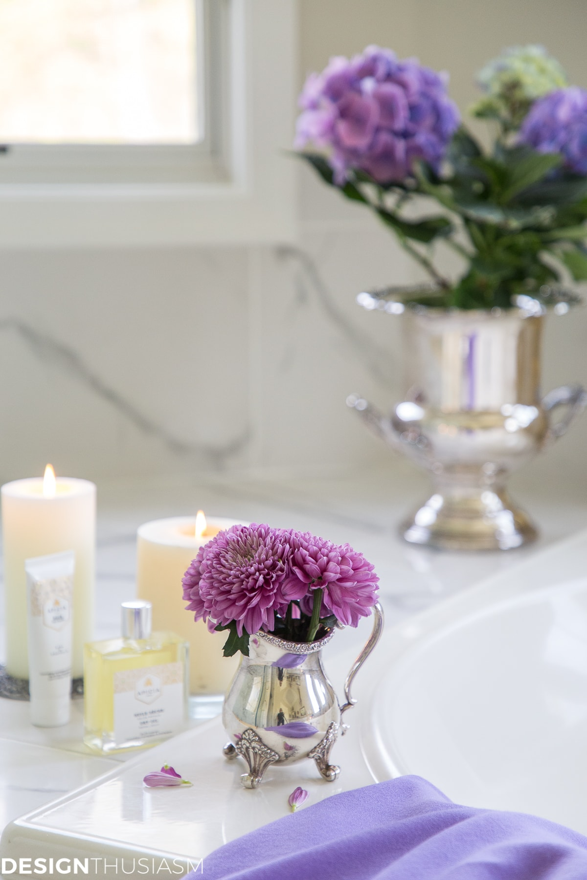 summer refresh bathroom decor candles and flowers