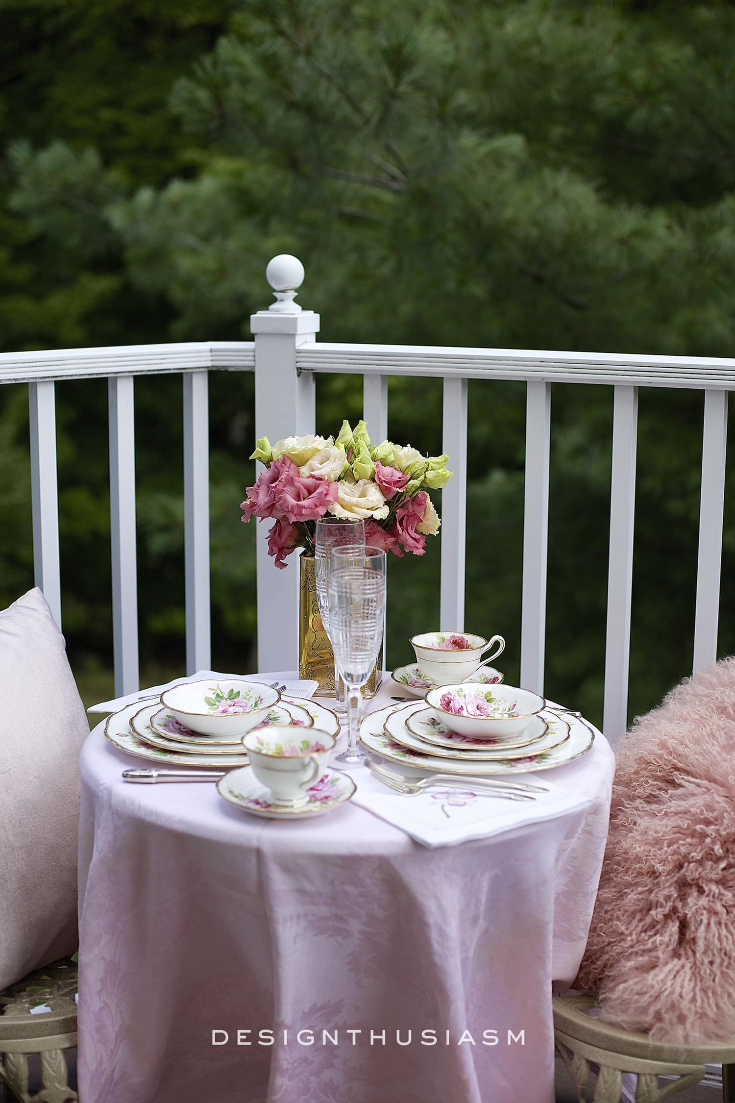 patio decor with pink bistro table setting