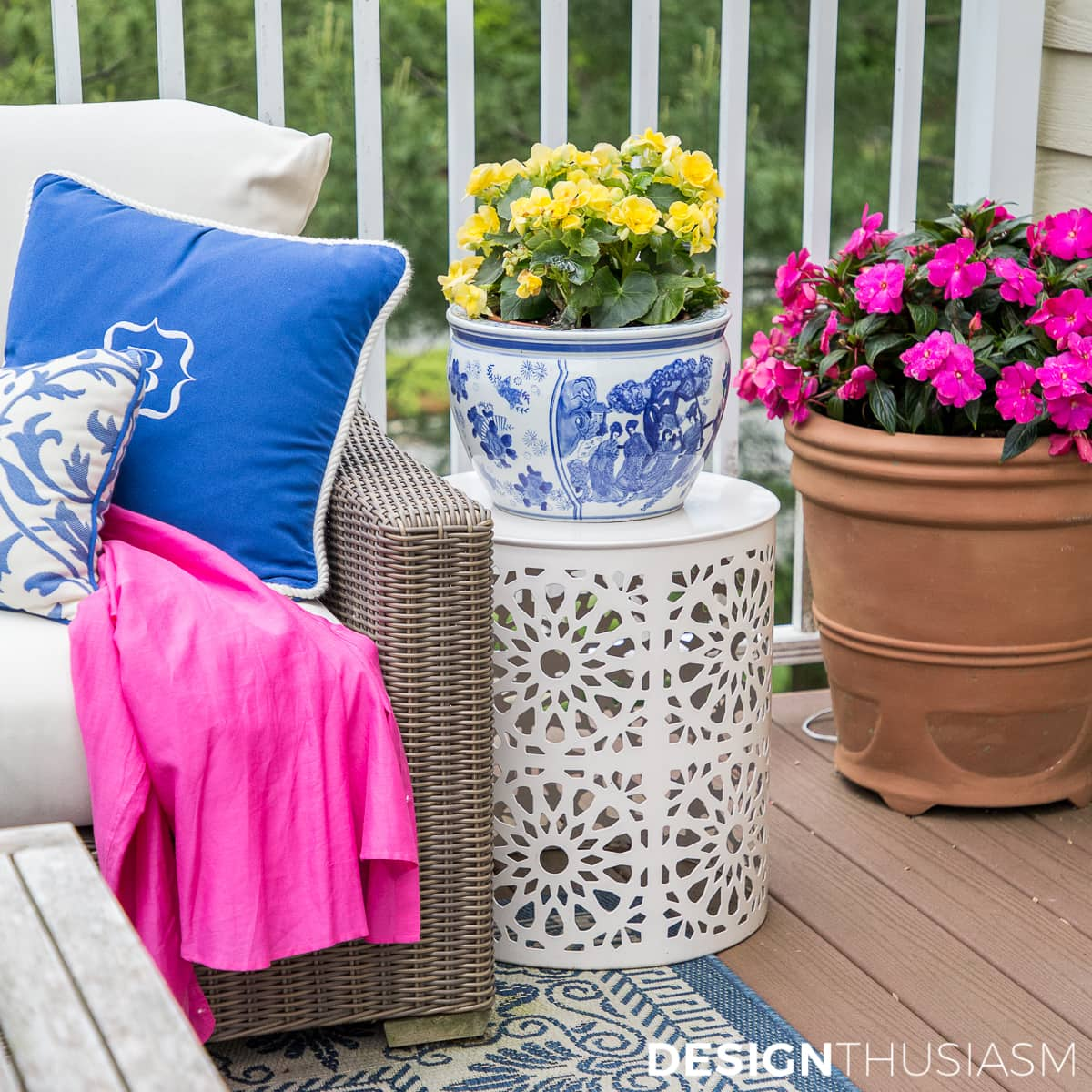 outdoors rooms colorful patio decor