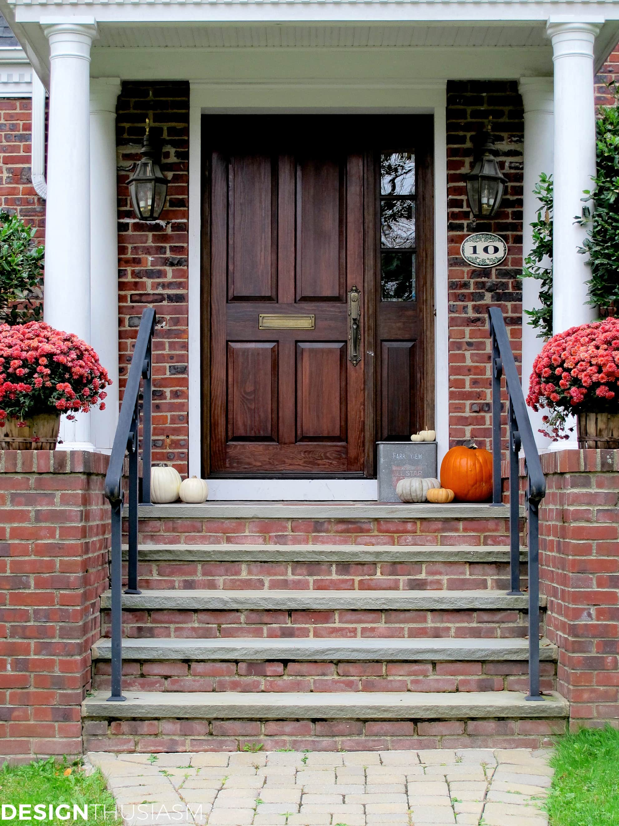 front entry fall porch decorations