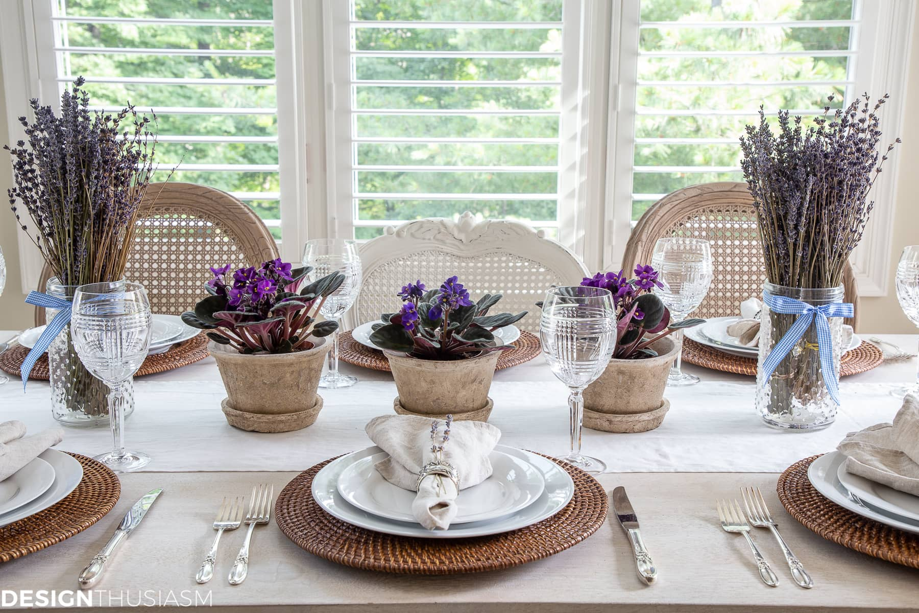 summer table setting with clay pots