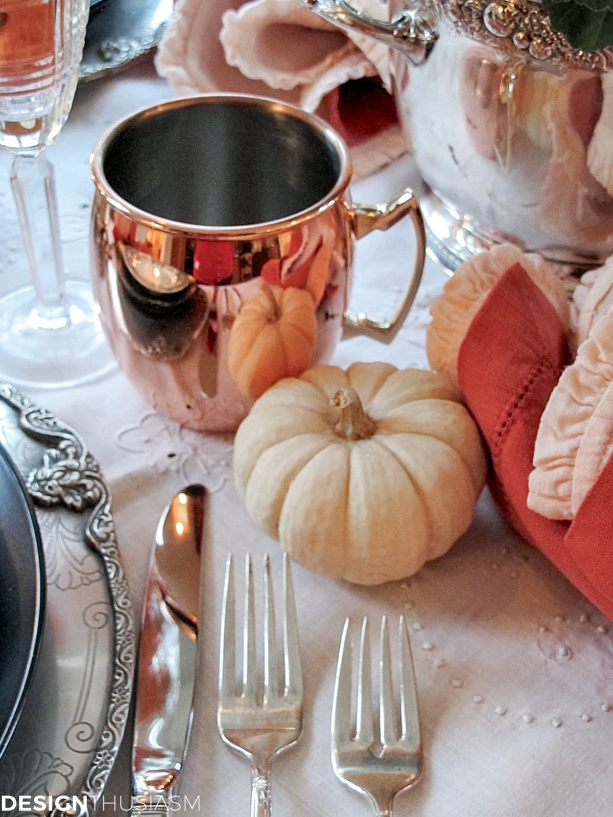 copper mugs for Halloween decor ideas