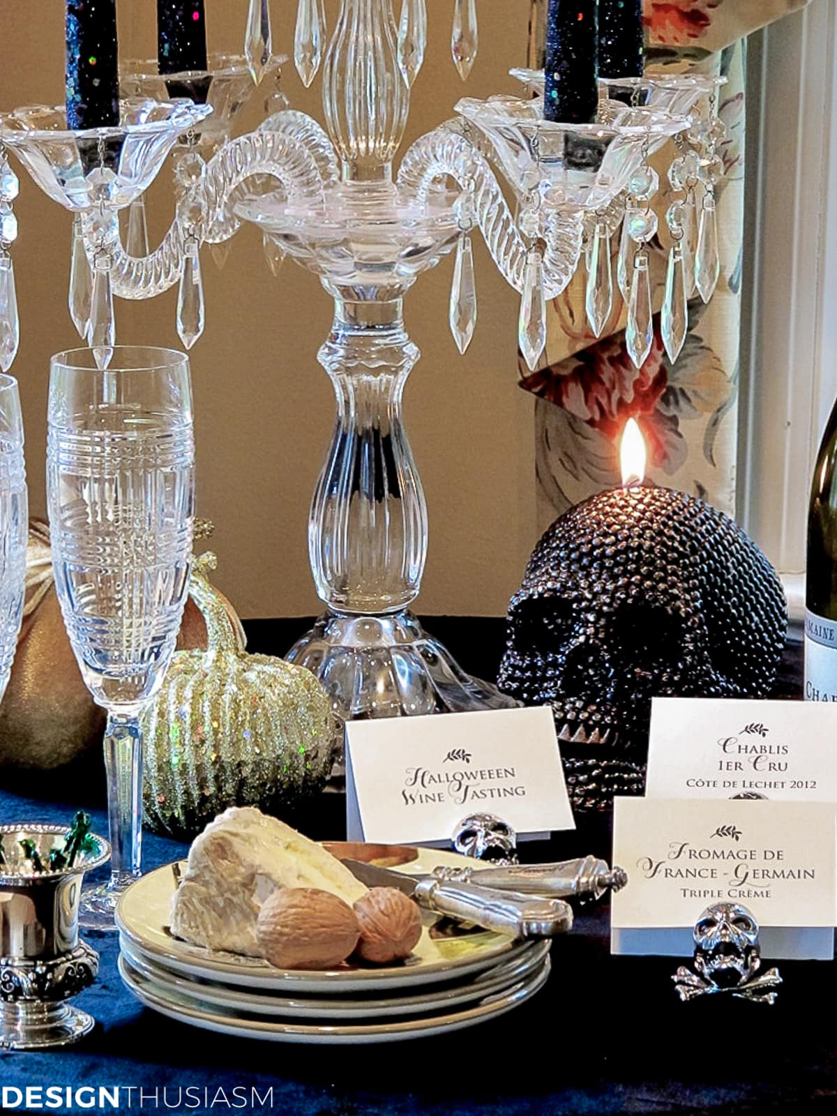 wine tasting Halloween decor ideas