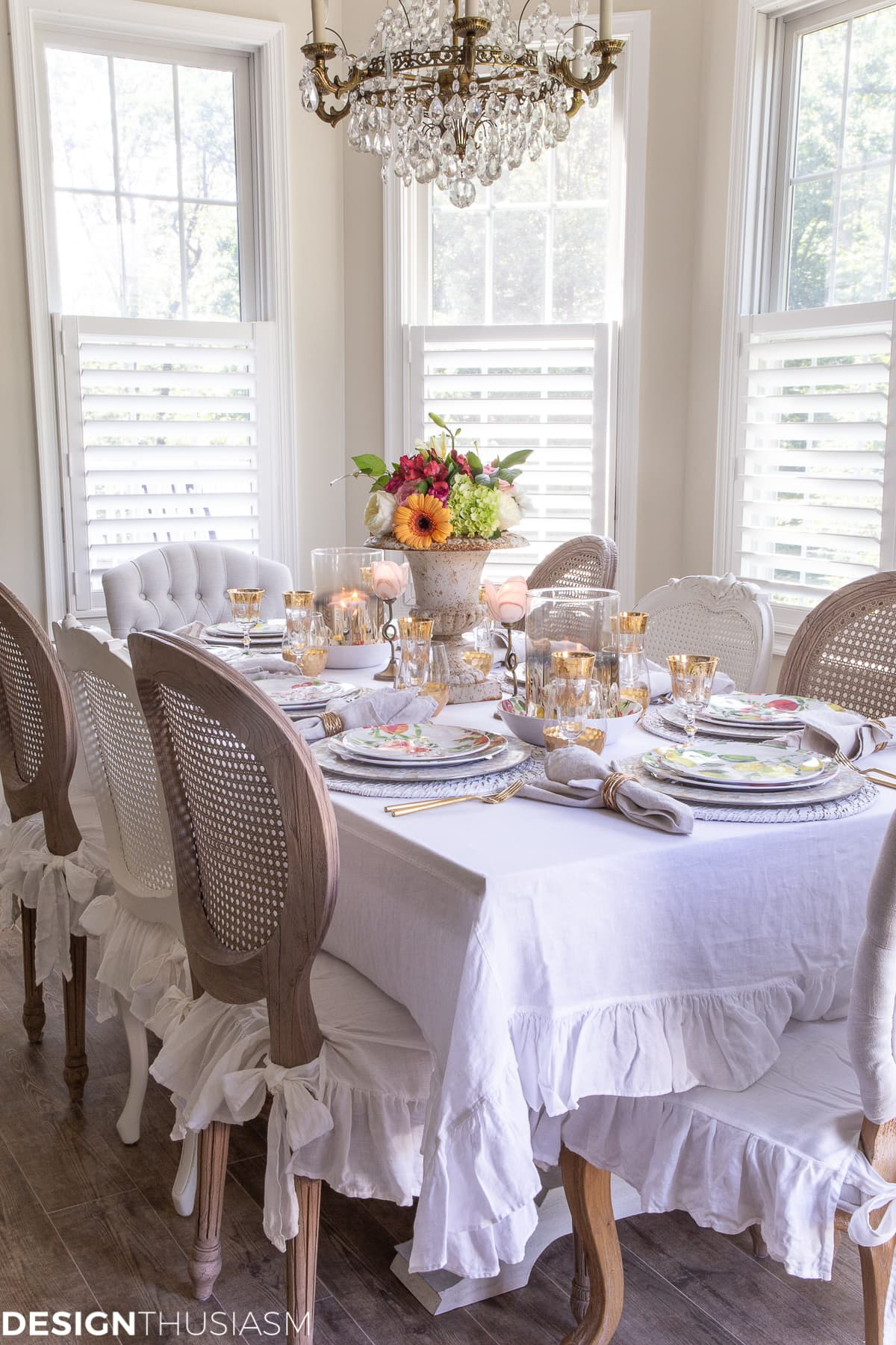 informal table setting ideas with inexpensive table decor
