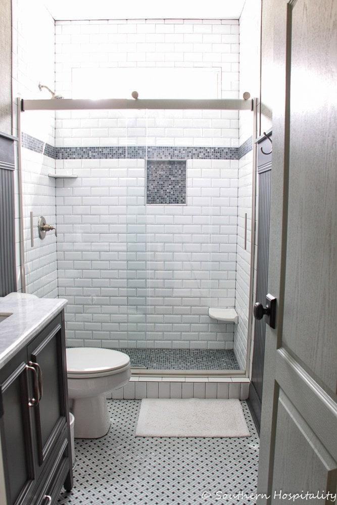 black-white-bathroom-reveal
