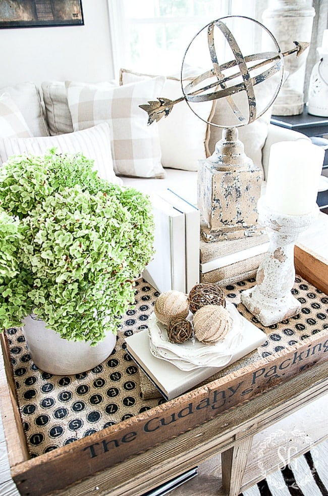 Home Style Saturdays: Decorating Style + Seasonal Changes