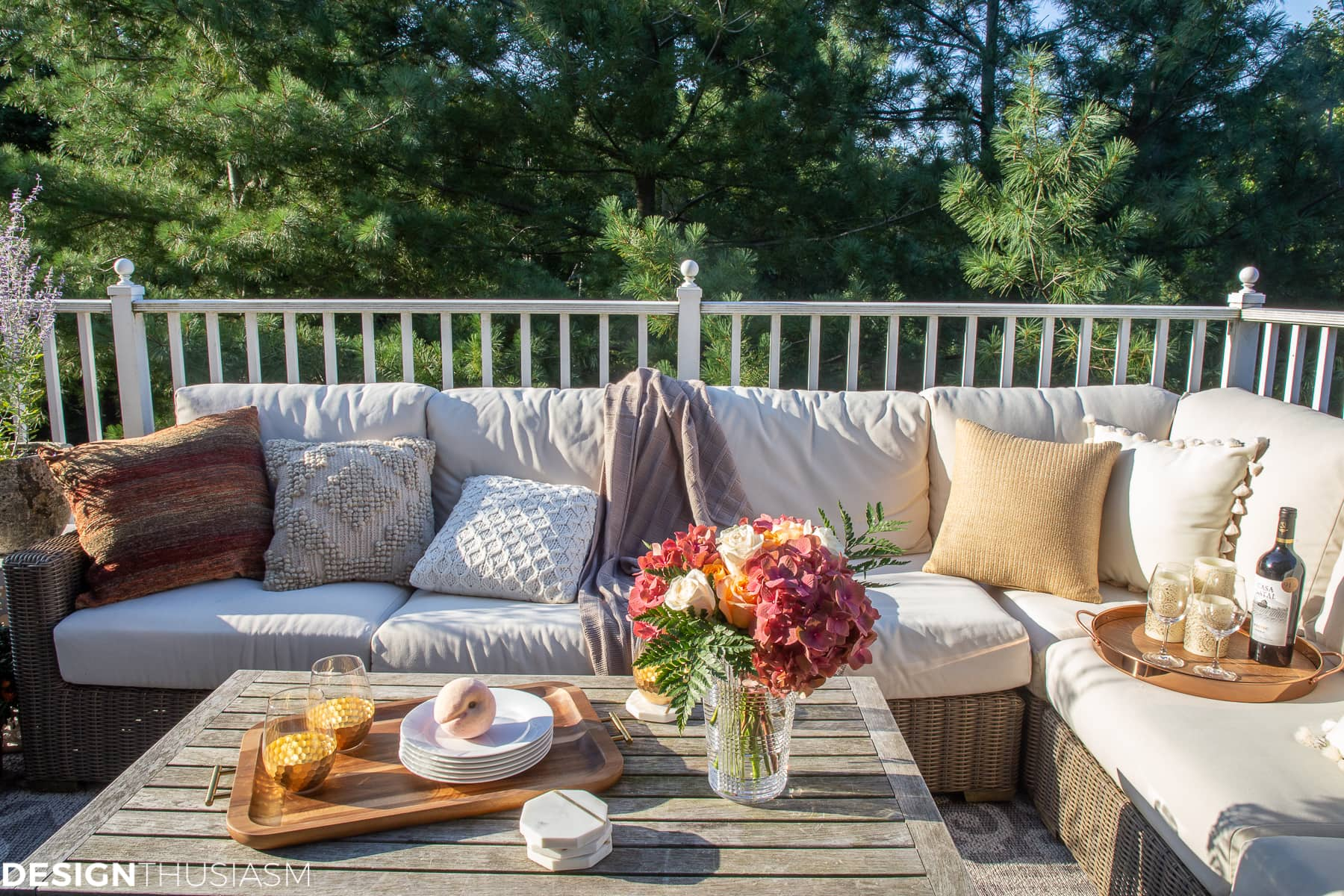 fall decorating ideas for outside entertaining