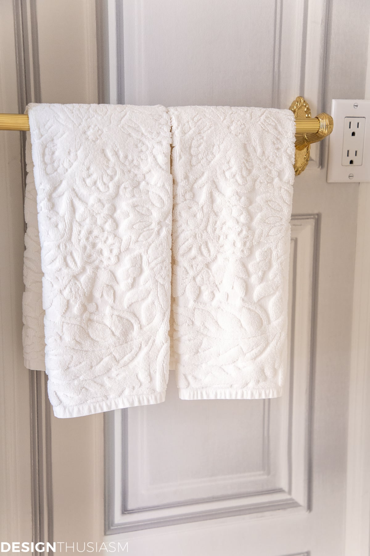 powder room towels