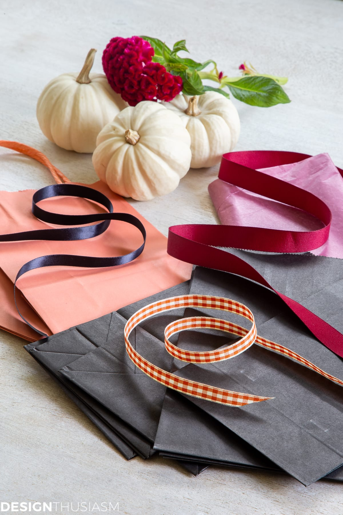 Free Halloween printables candy bag ribbon